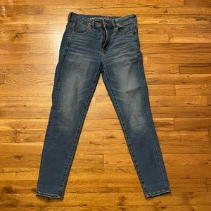 American eagle high waisted skinny jeans size 8